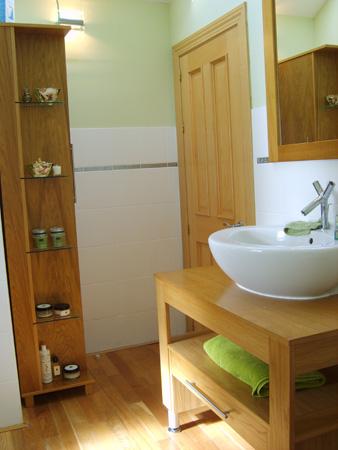 Bathroom 06